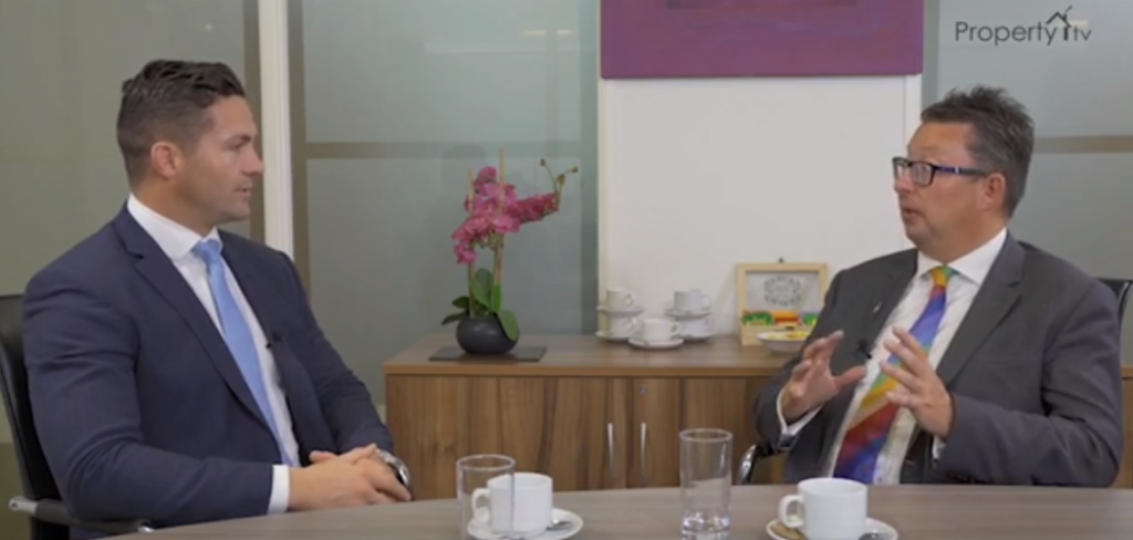 Proper Wealth – S2 Episode 3: High Networth Private Banking – Peter Izard (Investec)